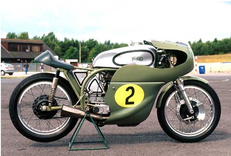 NORTON MANX RACER.... Pictu193