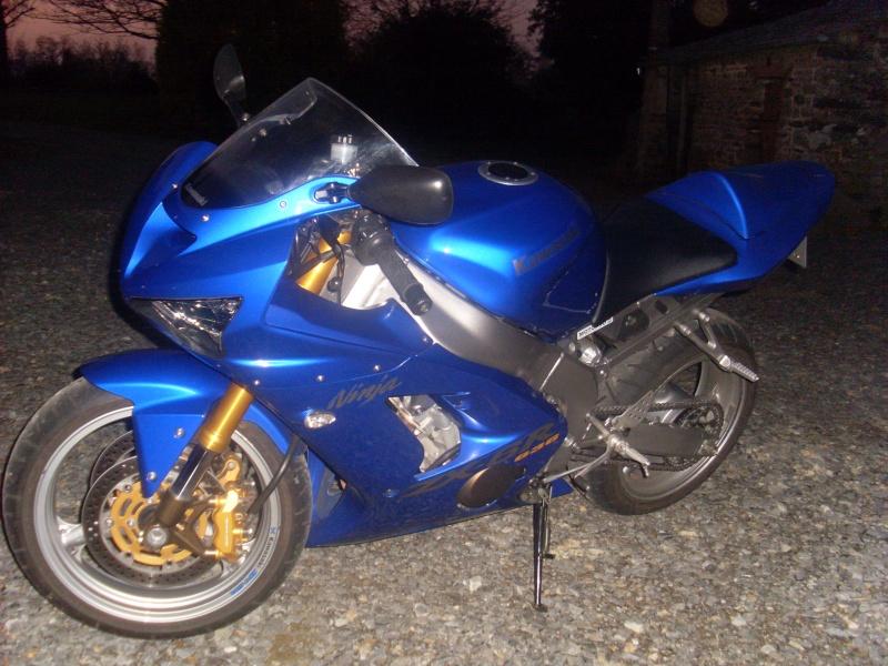 zx636r 03/04 bleu Sl381110