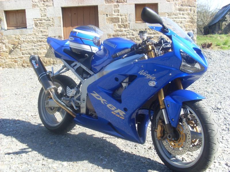 zx636r 03/04 bleu Sl381111