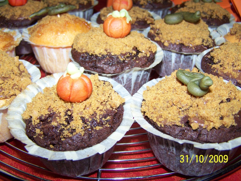 muffins et cupcakes d'halloween - Page 2 100_6441