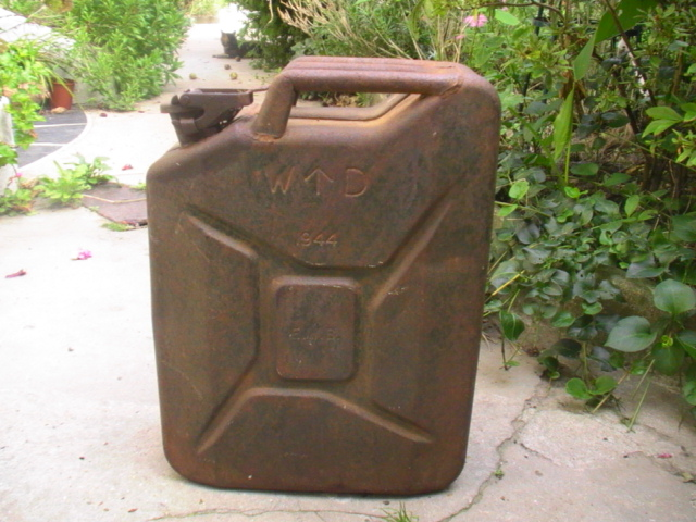 jerry can Pic_3810