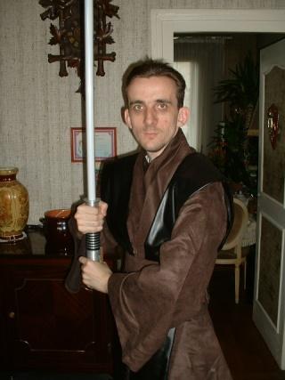 Moi en chevalier jedi. Dscf0011