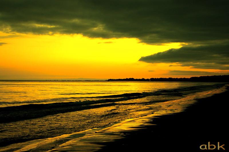 Bord de mer au soleil couchant ( Bretagne ) Troboc10