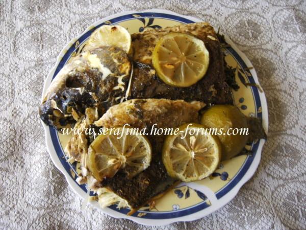 Рыба фаршированная петрушкой и чесноком Imag0119