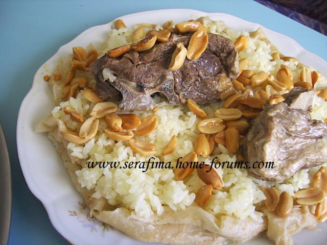 Мансеф - традиционный иорданский рис с бараниной и кефирной шорбой. Араб.кухня Imag0518