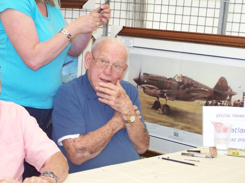 MEETING DUXFORD 2009 avec vétéran 506PIR 101 éme AIRBORNE Duxfor16