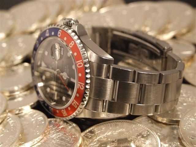 Quelle est la première montre à avoir......? [historique] Merci de vous y joindre! 2009-011