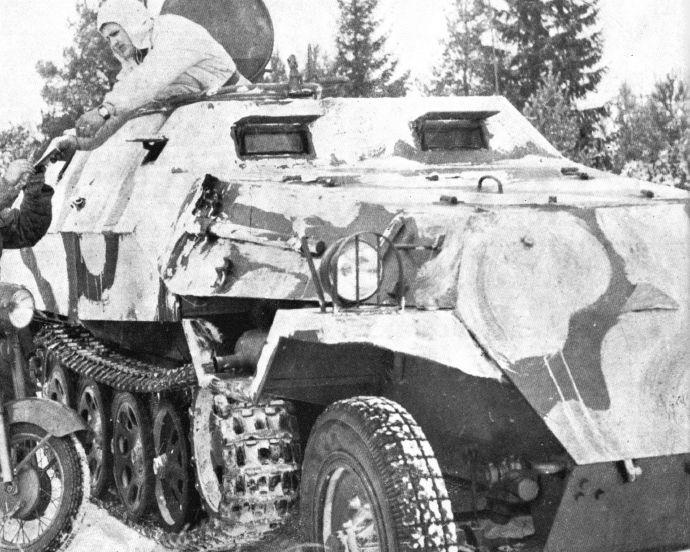 SDKFZ 251 le roi de la blitzkrieg - Page 3 Ot_81010