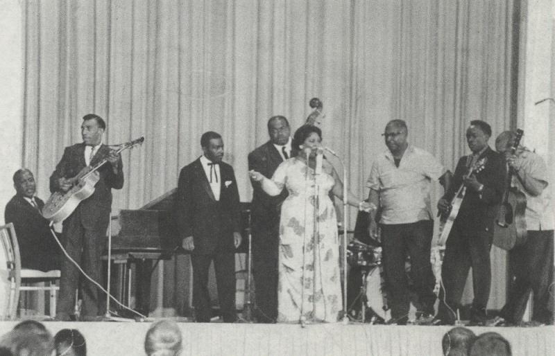 Quelques photos de blues - Page 3 1962en10