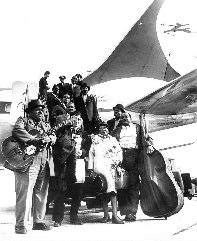 Quelques photos de blues - Page 3 1963en11