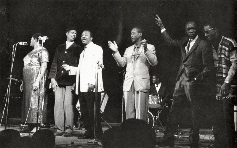 Quelques photos de blues - Page 3 1965en10