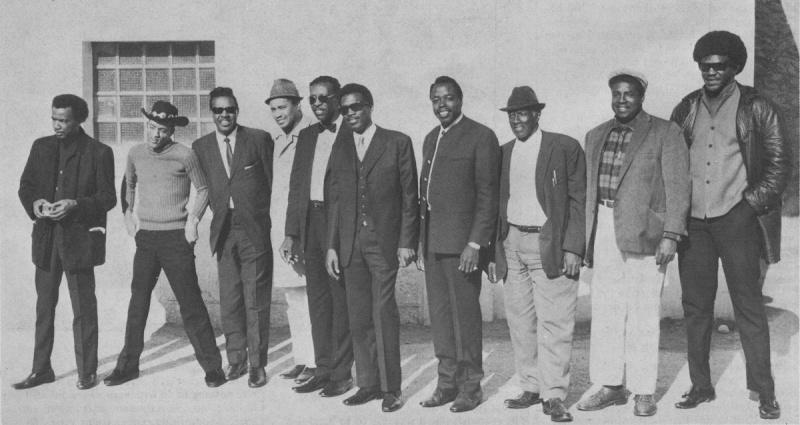 Quelques photos de blues - Page 3 1969en10