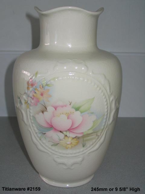 2159 Titianware Vase courtesy of ynotbrich 215910