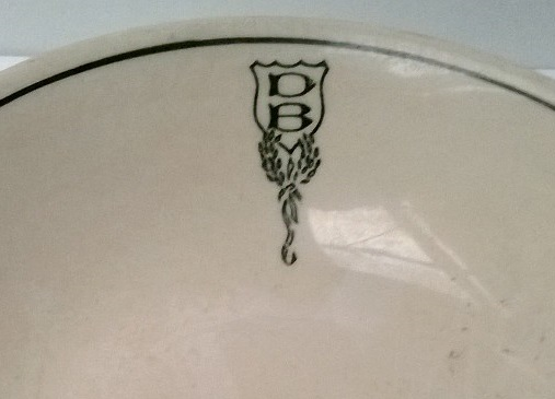 DB Ltd Cup and Plate Db_clo10
