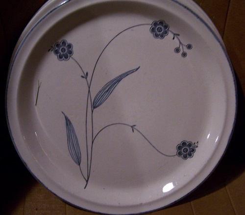 Hand Decorated in the Philippines Formas11
