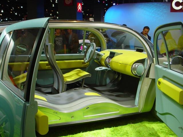 [FUTUR MODELE][2014] Citroën C4 Cactus [E31] - Page 2 Renaul13