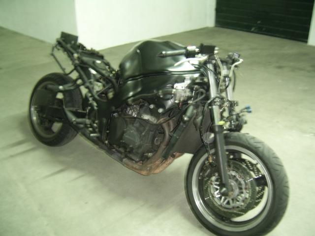 Pintura de motos em spray. Ssa46013