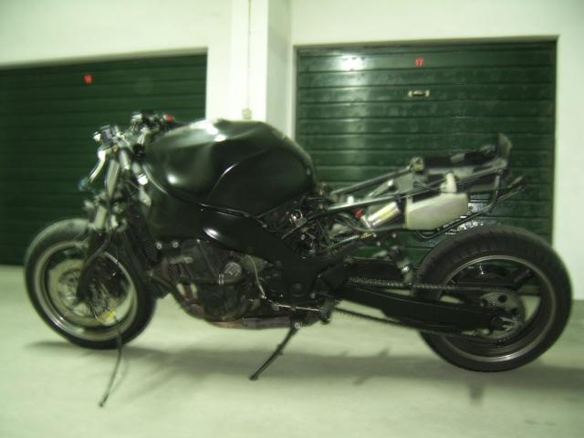 Pintura de motos em spray. Ssa46014