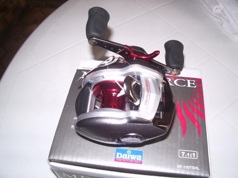 A vendre moulinet Megaforce Imgp2913