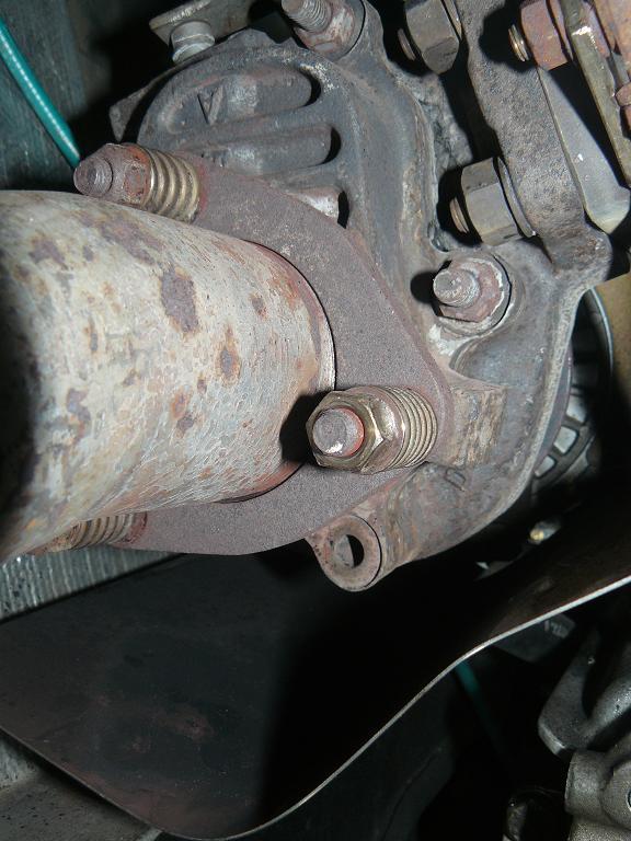 boulon turbo cassé P1030712