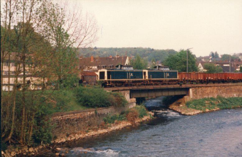 Die Baureihe V100 der DB - 211-213 322