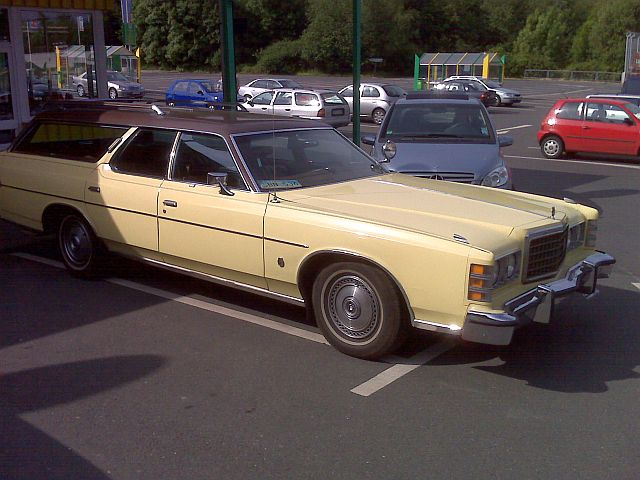 Ford LTD Station Wagon 1975er Ami110