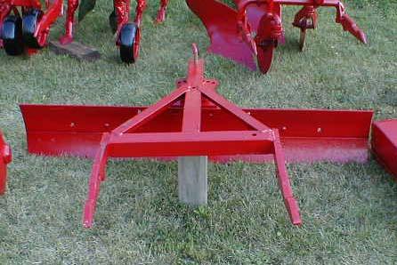 الجرار الزراعى1957 IH 350 Utility Tractor 05118010