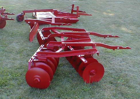 الجرار الزراعى1957 IH 350 Utility Tractor 05118014