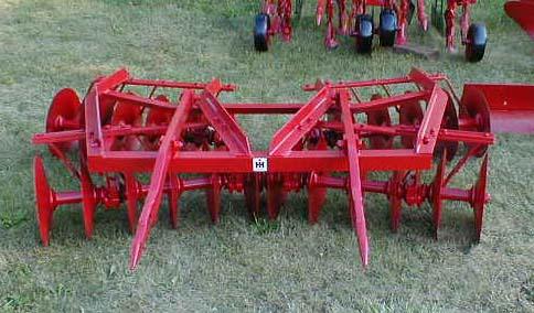 الجرار الزراعى1957 IH 350 Utility Tractor 05118015