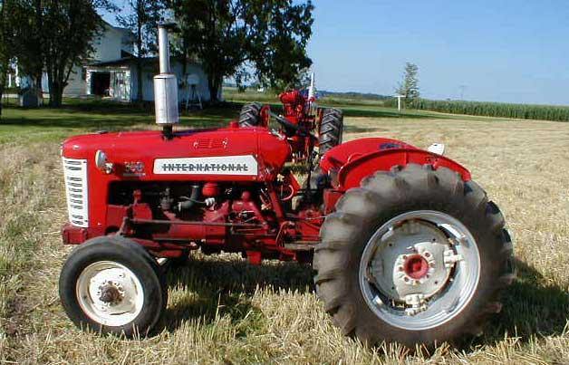 الجرار الزراعى1957 IH 350 Utility Tractor 350u_r11