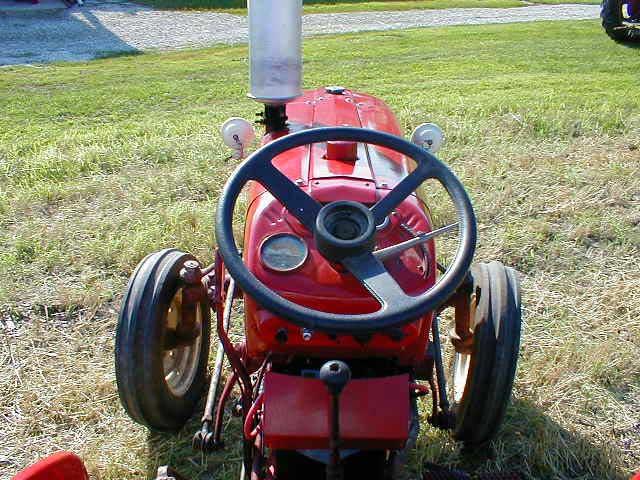 الجرار الزراعى1957 IH 350 Utility Tractor 350u_s10