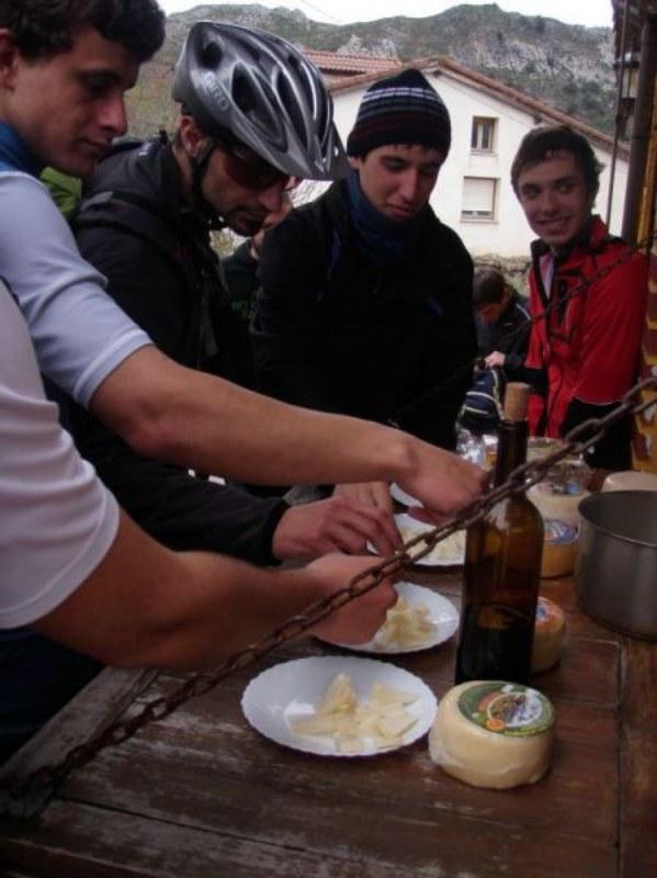 Ruta Potes-Pendes 27-2-2013 ( Pablo y Dani) Potes_32