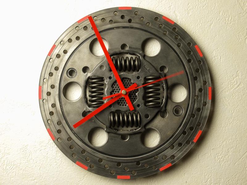 Des horloges à base de récup' détournée 2015-117