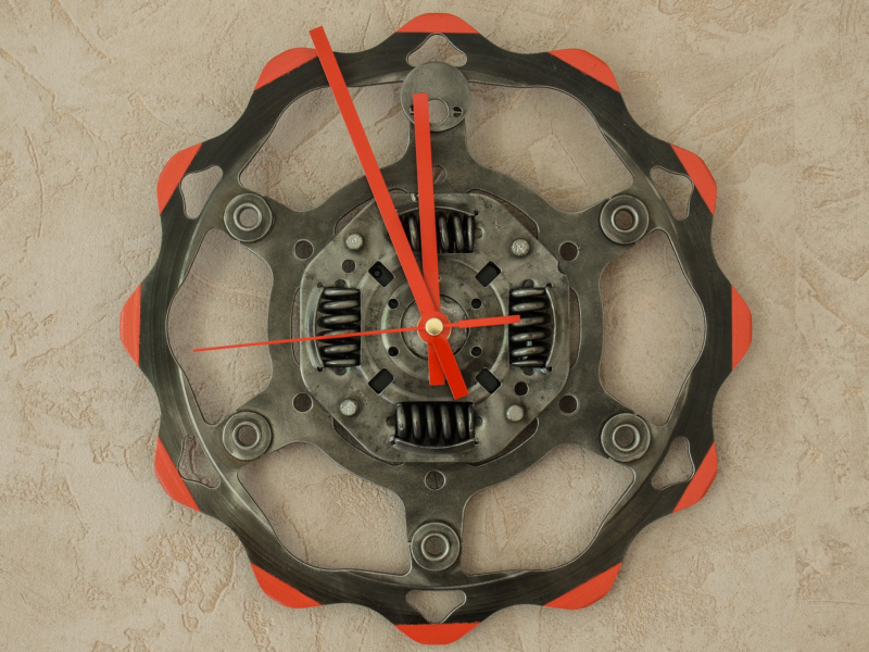 Des horloges à base de récup' détournée 2015-118