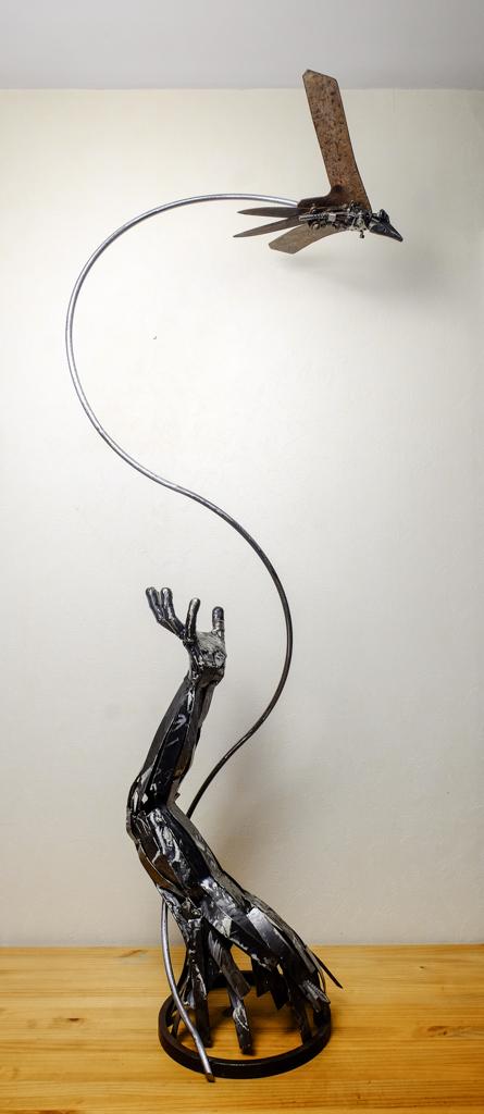 Quelques sculptures... - Page 4 Hirond10