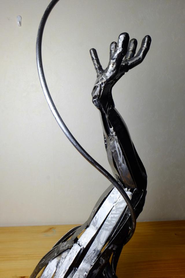Quelques sculptures... - Page 4 Hirond14