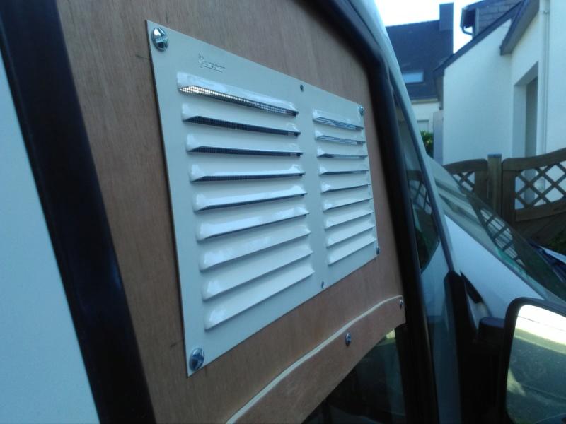 [résolu] Grille d'aération sur fenêtre de véhicule Img_2028