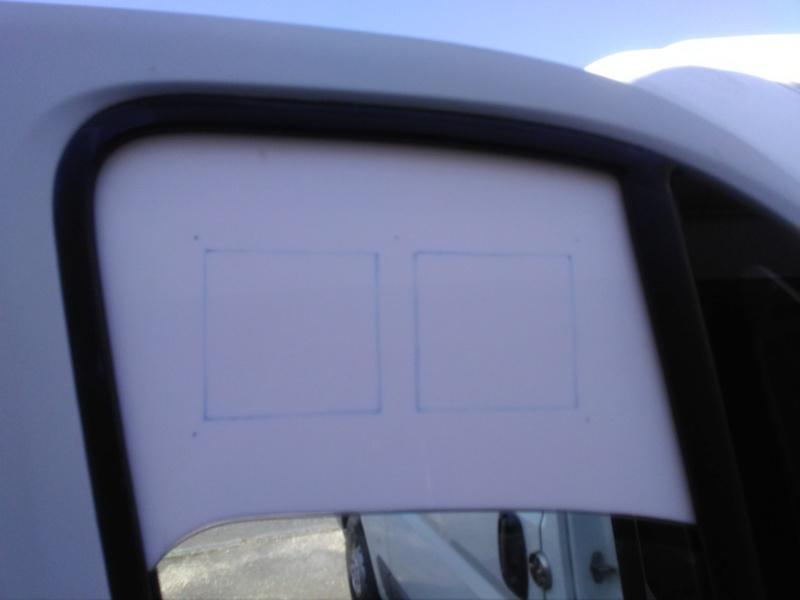[résolu] Grille d'aération sur fenêtre de véhicule Img_2030