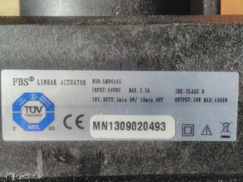 [résolu] test vérins, manque la télécommande Img_2151