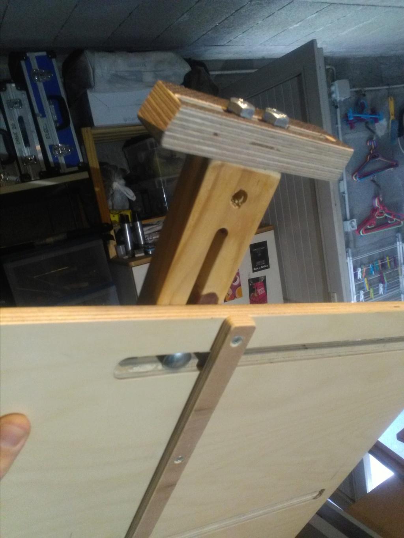 Gabarit de scie sous table pour joint en biseau (bois de bout) Img_2248