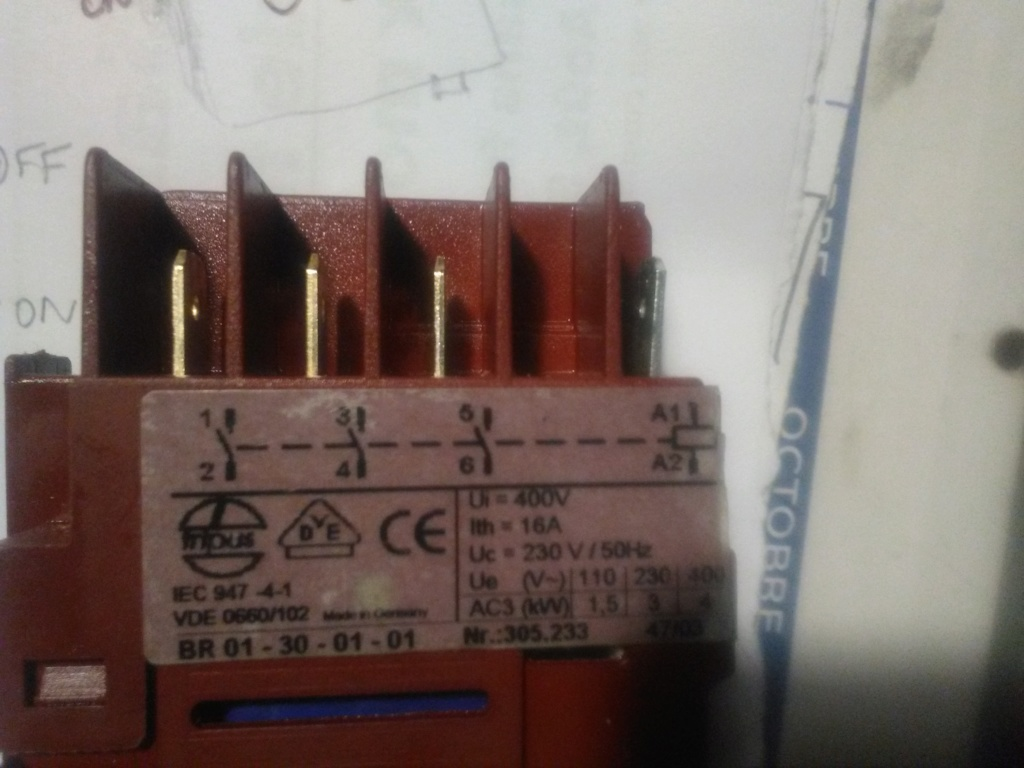 [Résolu]Problème élec Interrupteur sur scie sous table Img_2253