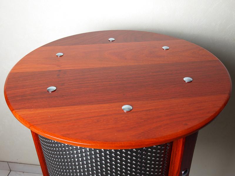 Quelques créations bois/métal - Page 2 P1136514