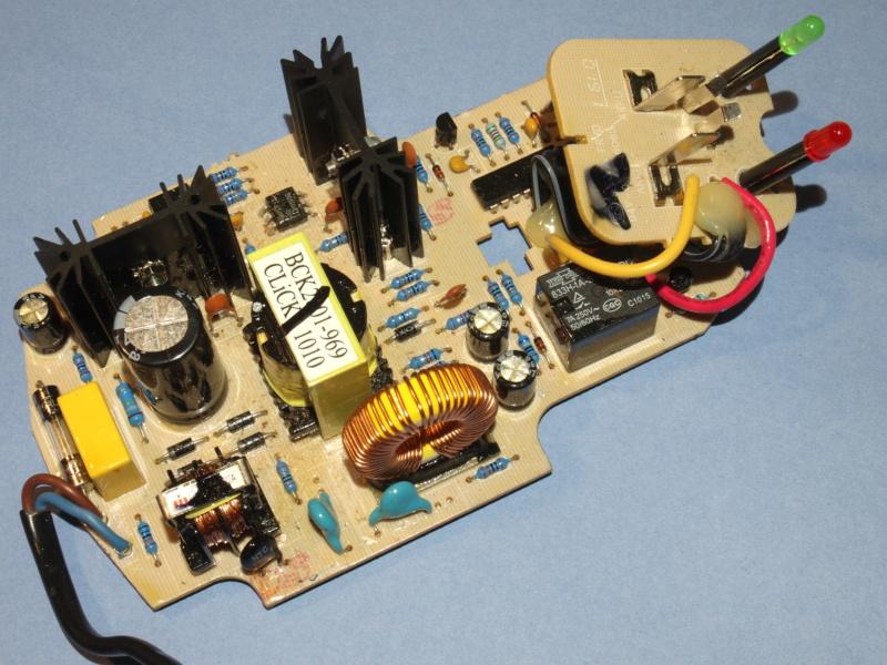 [Aide] chargeur batteries visseuse en carafe P3196310