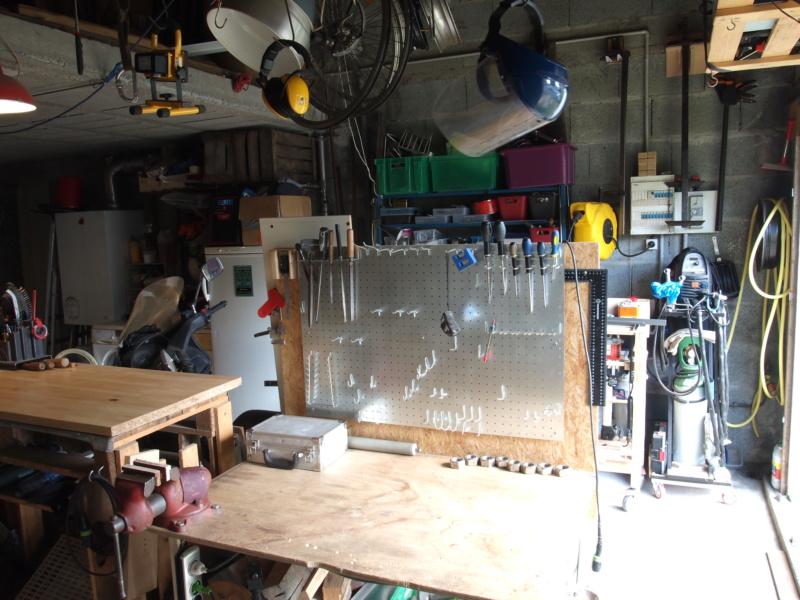 Mon garage faisant office d'atelier P6136414