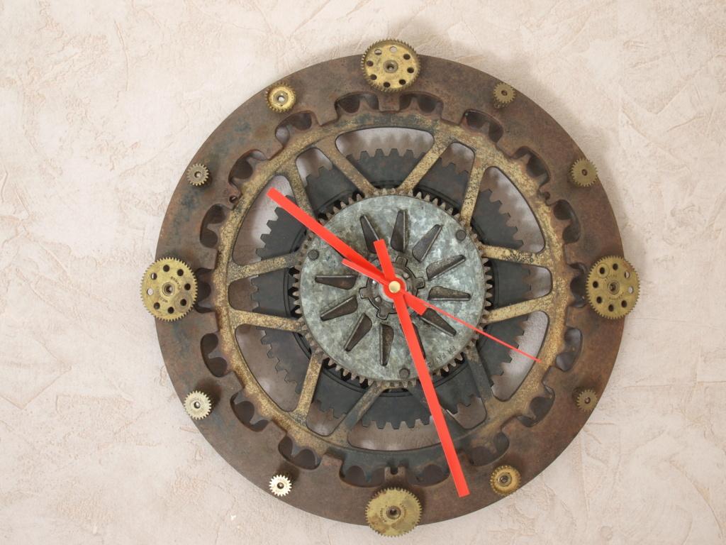 Des horloges à base de récup' détournée P7076910