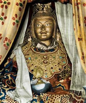 Guru Rinpoche. Gururi10