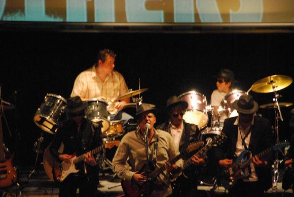 Quelques photos du spectacle du 20 juin 2009 Dsc-9010