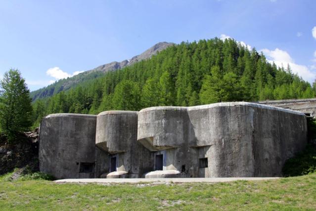 bunker dans l'ubaye 15 Aout Fortif10