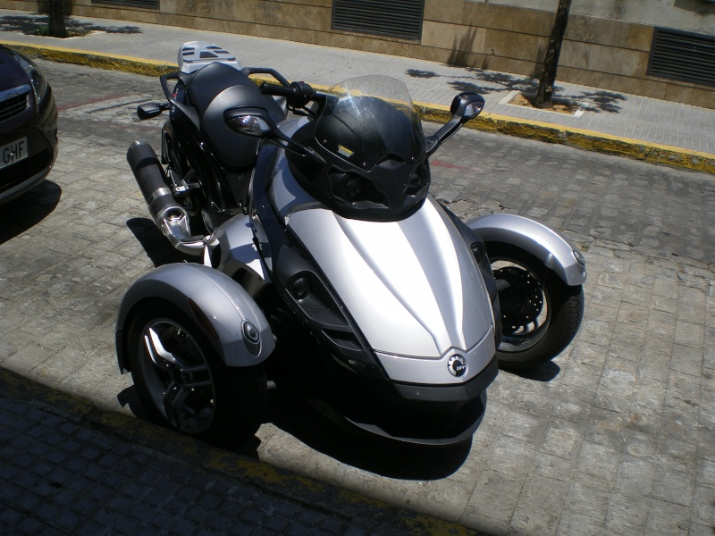 Moto à trois roues. Voyage10