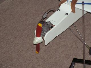 Notre premier avion àmoteur à explosion Pict0075